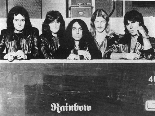 Στη μνήμη του Ronnie James Dio!